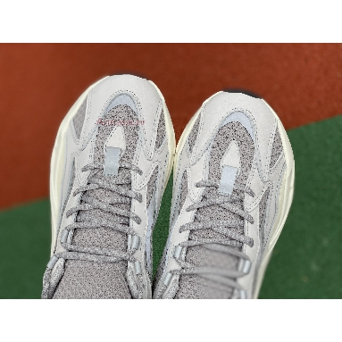 Adidas Yeezy Boost 700 V2 Static EF2829 Static/Static/Static Sneakers