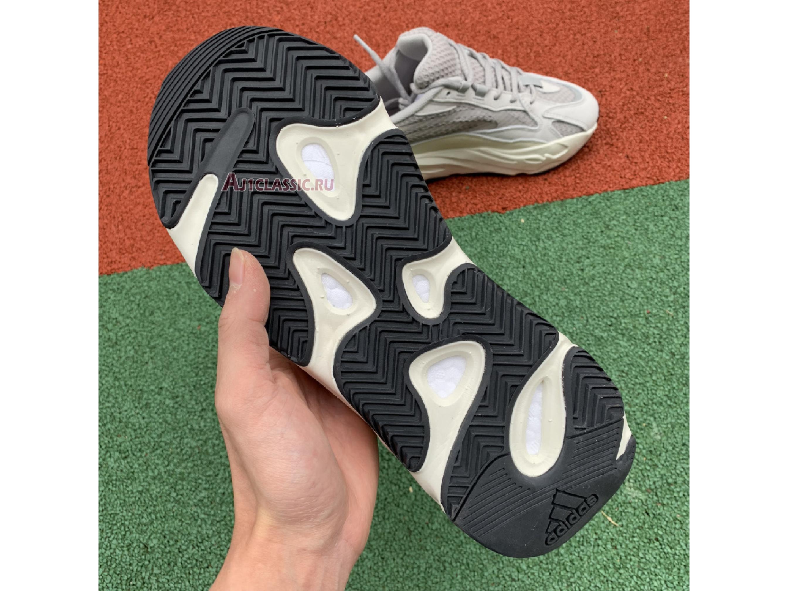 """Adidas Yeezy Boost 700 V2 """"Static"""" EF2829"""