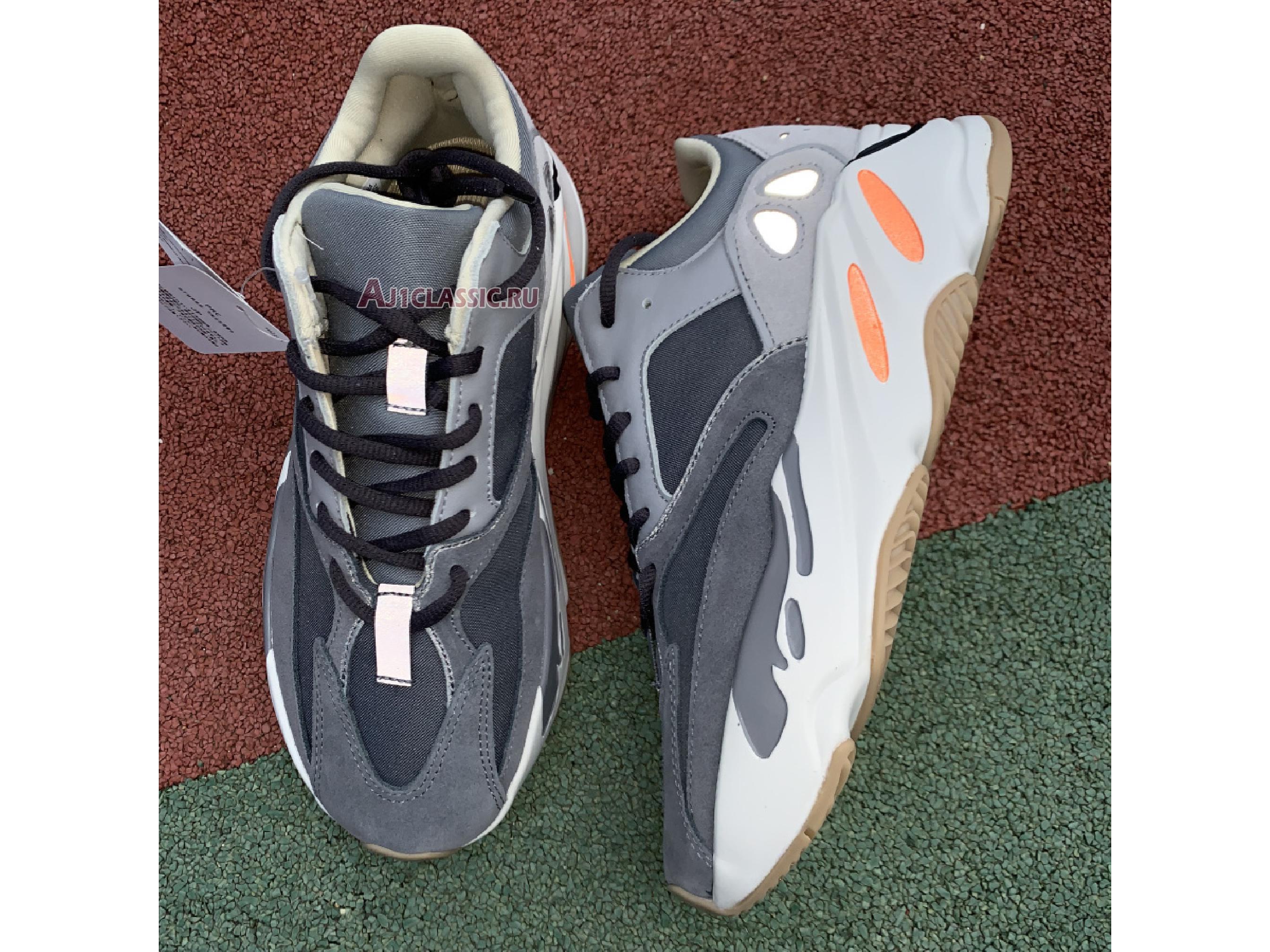 "Adidas Yeezy Boost 700 ""Magnet"" FV9922"