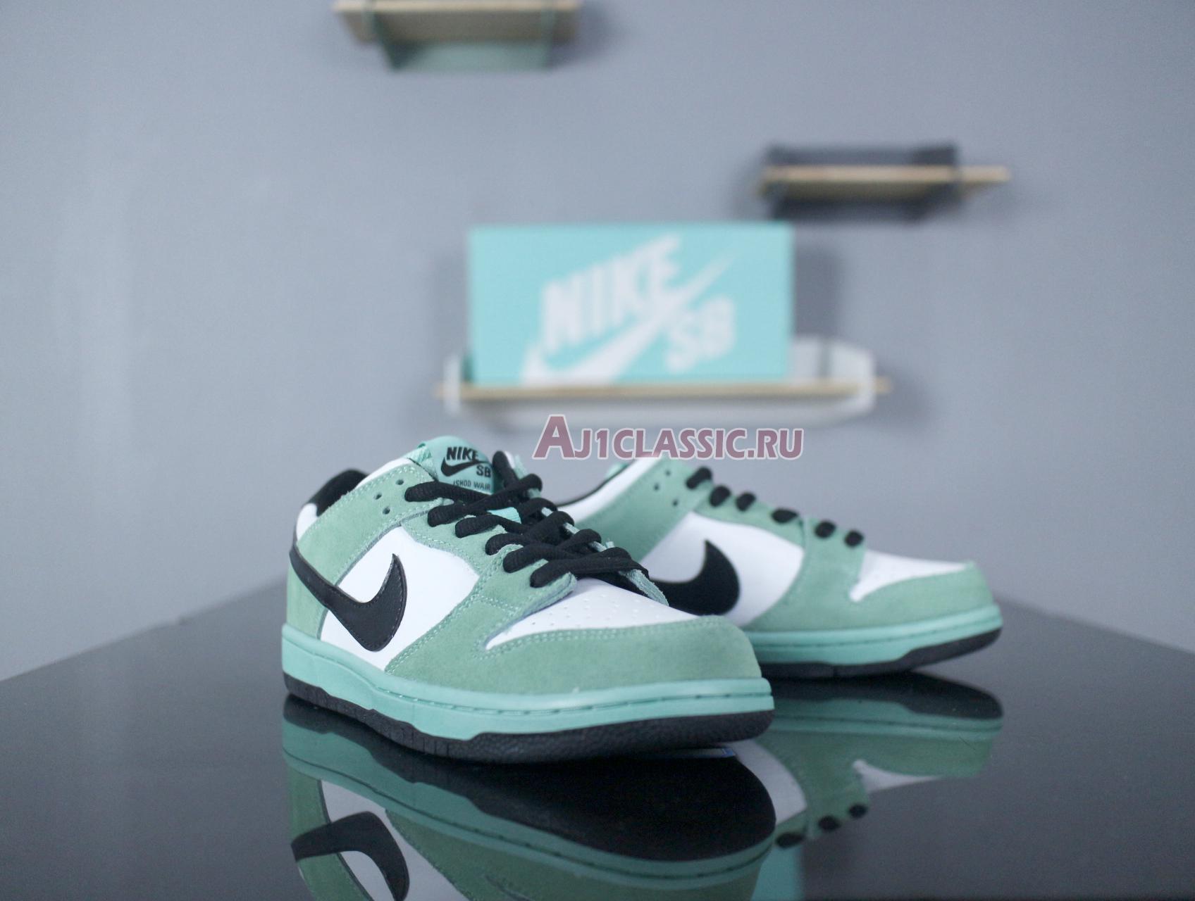 "Nike SB Dunk Low ""Sea Crystal"" 819674-301"