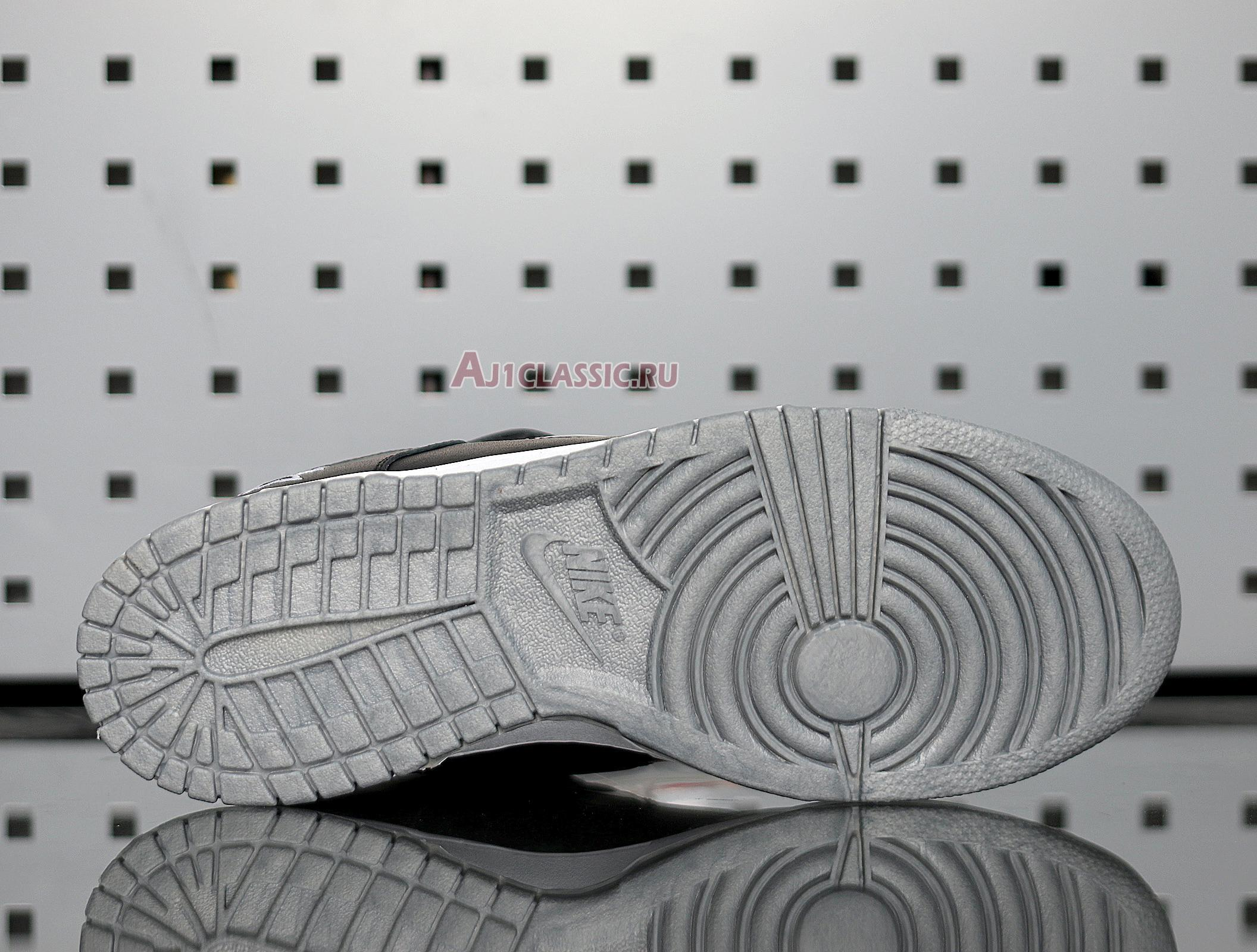 "Nike Supreme x Dunk SB Low QS ""Metallic Silver"" CK3480-001"
