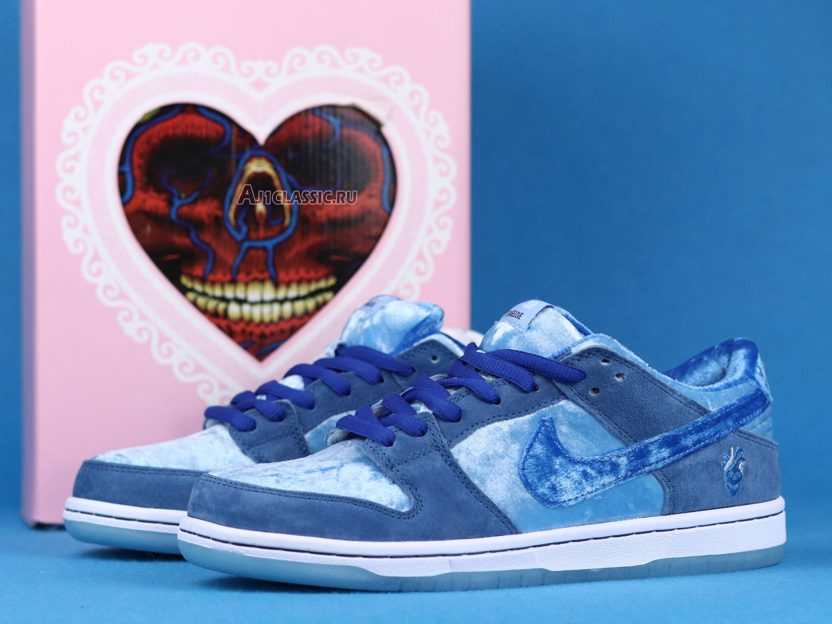 "Nike StrangeLove x Dunk Low SB ""Blue Valentines Day"" CT2552-400"