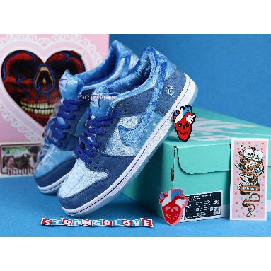 Nike StrangeLove x Dunk Low SB Blue Valentines Day CT2552-400 Blue/White Sneakers