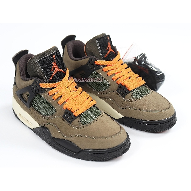 Undefeated x Air Jordan 4 Retro JBM351-M1 Deep Green/Clem-Black-Dk Sneakers