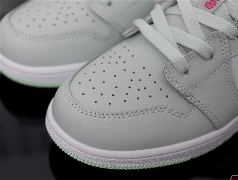 "Air Jordan 1 Low ""Barely Grey Spruce"" 554723-051"