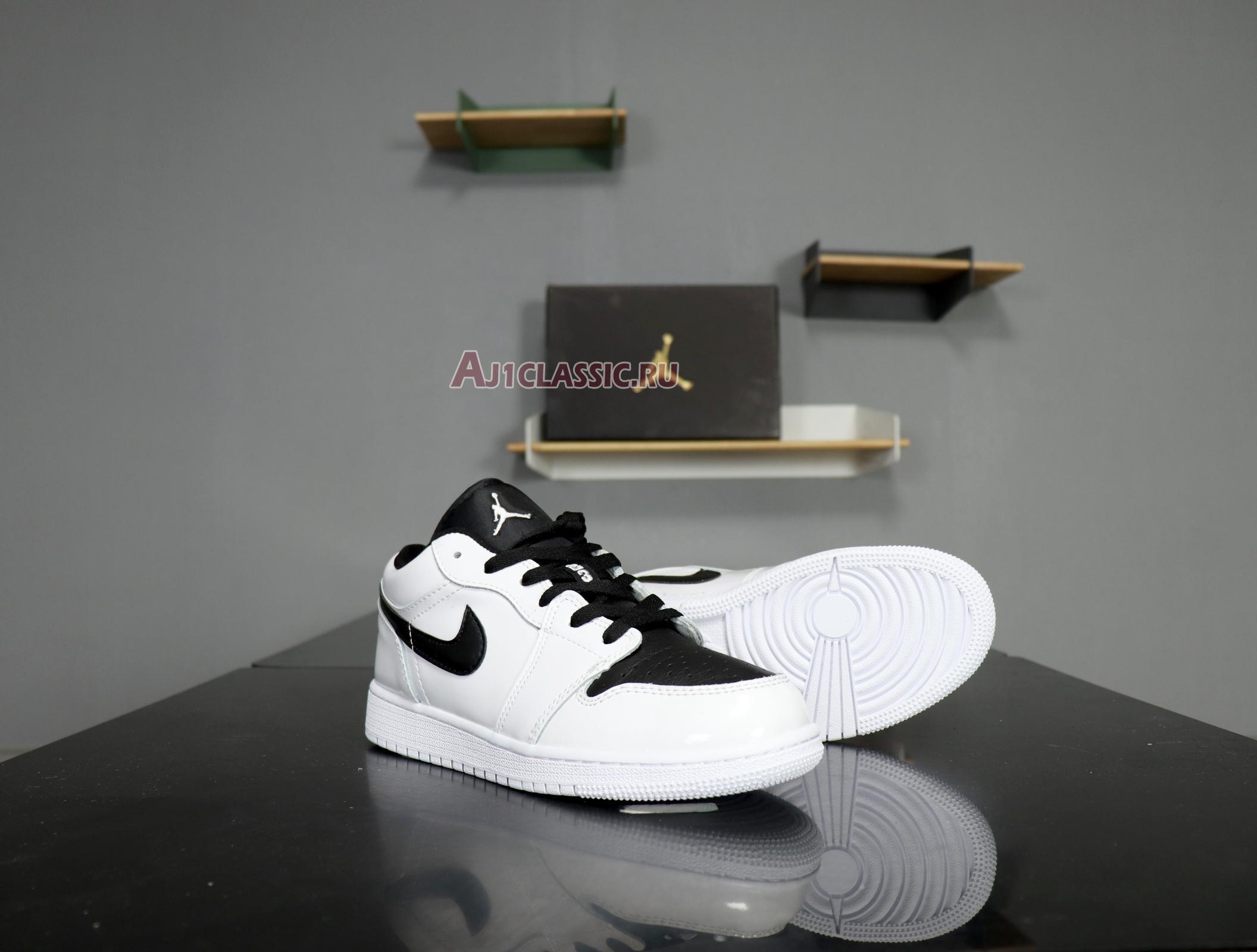 "Air Jordan 1 Retro Low ""White Black"" 553560-103"
