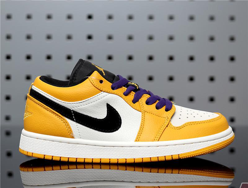 """Air Jordan 1 Low """"Lakers"""" 553558-700"""