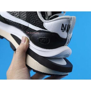 Sacai x Nike VaporWaffle Black White CV1363-001 Black/Summit White/Pure Platinum Sneakers