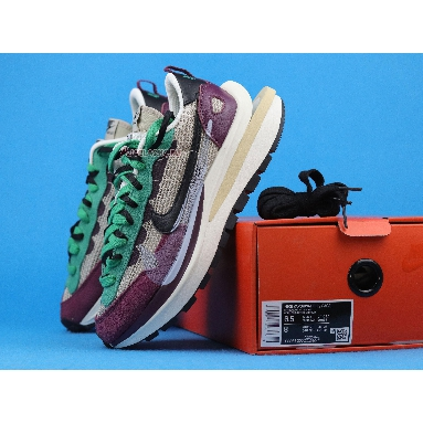 Sacai x Nike VaporWaffle SP Villain Red DD3035-200 String/Black/Villain Red/Neptune Green Sneakers