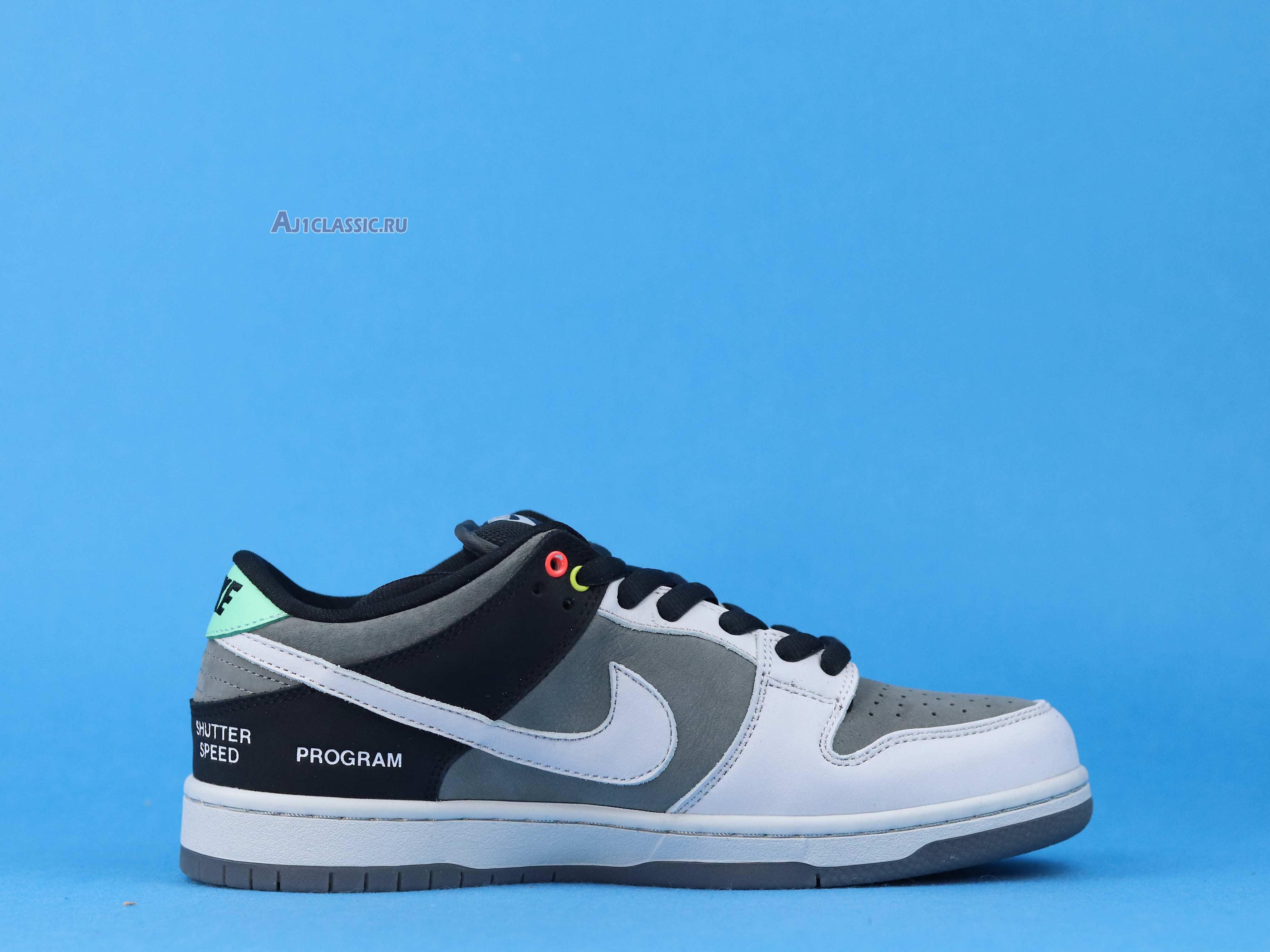 "Nike Dunk Low SB ""Camcorder"" CV1659-001"
