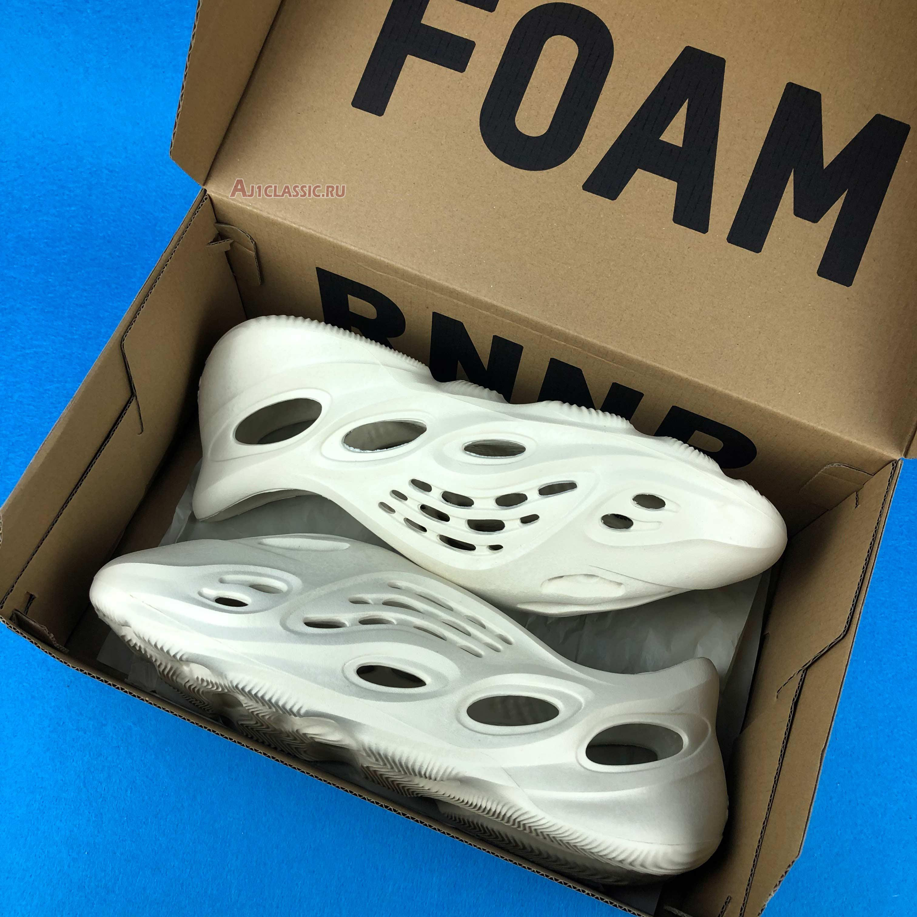 "Adidas Yeezy Foam Runner ""Sand"" FY4567"