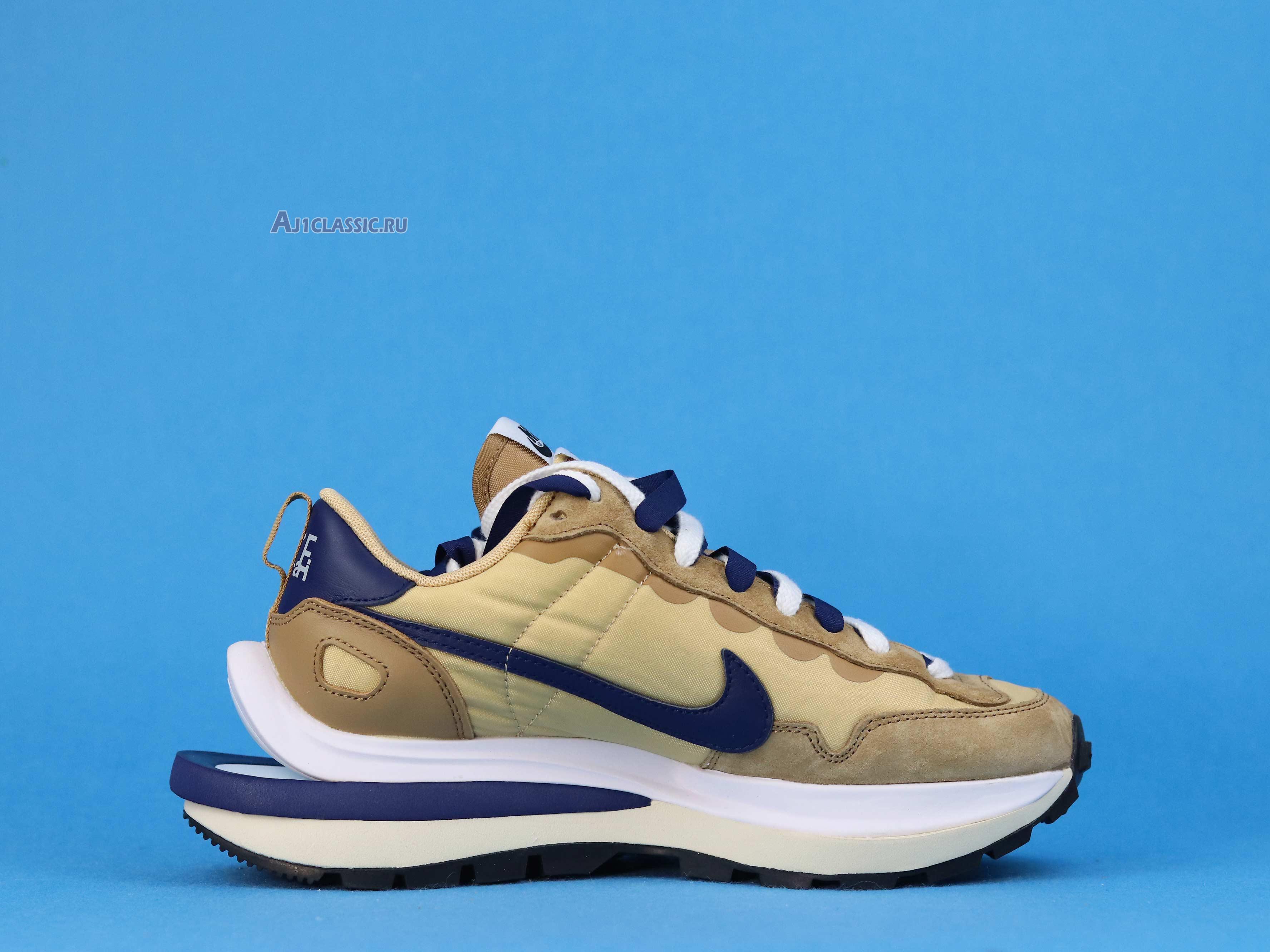 "Sacai X Nike VaporWaffle ""Sesame Blue Void"" DD1875-200"