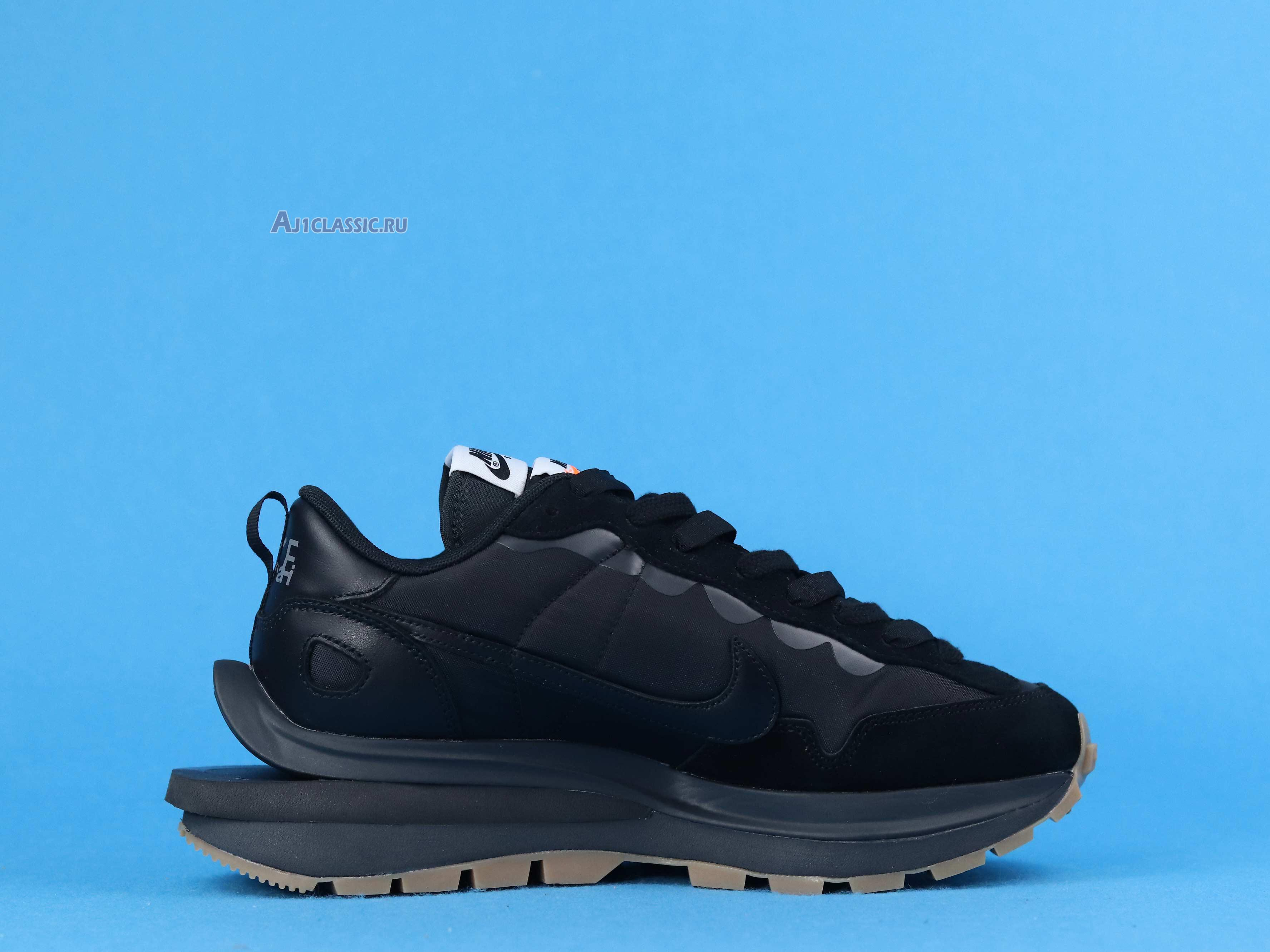 "Sacai X Nike VaporWaffle ""Black Gum"" DD1875-001"